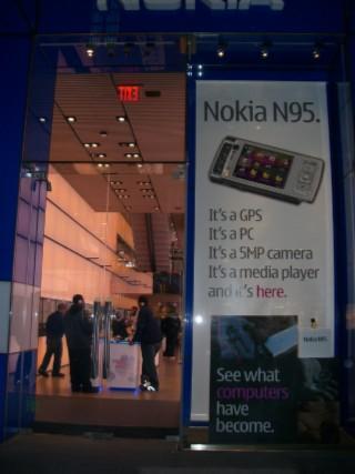 Nokia Store 01