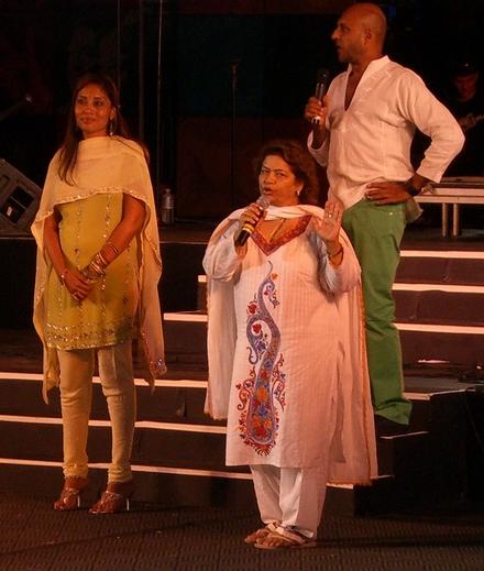 indiaat60015.jpg